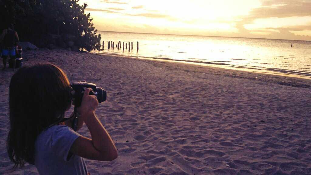 Valeria fotografa Combate